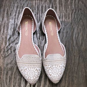 Restricted Ivory D'orsay Flats 8.5